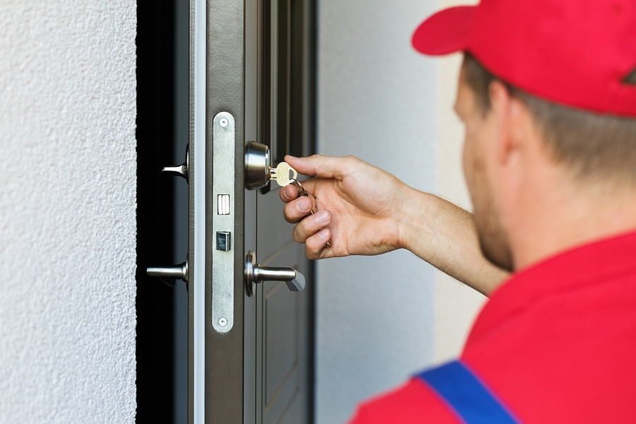Call GLC Locksmith Service Before You Damage or Break-in Your Car or Property